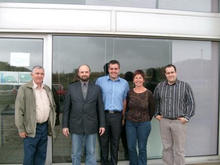 Photo : De g à d : Guy Besnier, Stéphane Kneip, Joël Besnier, Antoinette Louvel et Nicolas Besnier