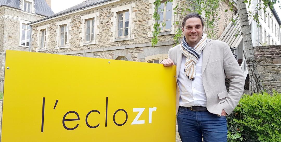 Maël Jaffrelot, un des quatre fondateurs de l'eclozr à Rennes qui a pour vocation de devenir un carrefour vivant de l'innovation, à la fois lieu de formation aux nouvelles technologies et d'évènementiels pour les entreprises bretonnes, les PME en particulier
