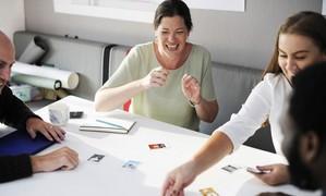 Vous souhaitez-vous former ou former vos équipes au management de l'innovation ? Faites-le avec le serious game Innovarium ?