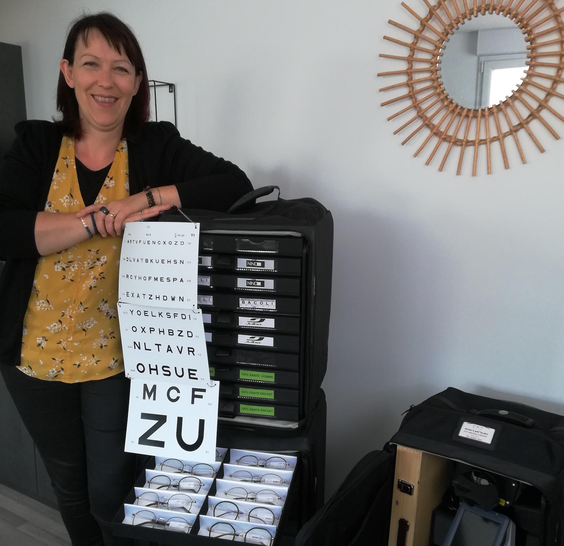 Myriam Giquello, opticienne à domicile dans le Morbihan