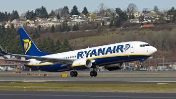 Ryanair est présent à Lorient à travers ses ligne sur Londres et Porto