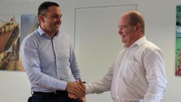 La signature officielle de cette reprise a eu lieu à La Seyne_sur-Mer (Var) le 24 octobre dernier, en présence des dirigeants des deux sociétés Romuald Seillier, Président d'ACTI et Yannick Bian, dirigeant de BSH.