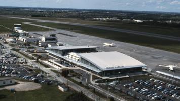 Le resurfaçage de la piste de l'aéroport  va nécessiter sa fermeture complète au mois de mars 2020.