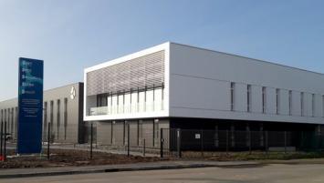Après 14 mois de travaux, le groupe Altenov a inauguré ce jeudi 5 décembre à Betton près de Rennes son nouveau siège social.