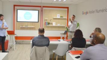 Une première conférence, animée par Alexandre Colomb (CCI Innovation, à droite)) et Gawen Delume (CCI-22)  s'est déroulée le 11 juin sur le thème de la sécurité économique et numérique dans les PME