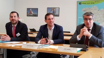 de g à d : Mathieu Bourdais, Directeur Breizh Invest PME, Martin Meyrier, Vice-Président de la Région Bretagne à l'économie et Marc Brière, Président de Breizh Invest PME