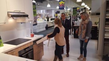 Concepteur vendeur de cuisines but et la facult des for Vendeur concepteur cuisine