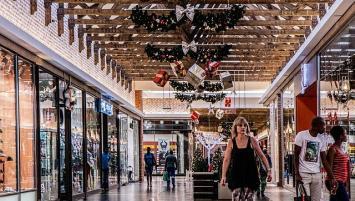 Trois centres commerciaux sont fermés en Morbihan