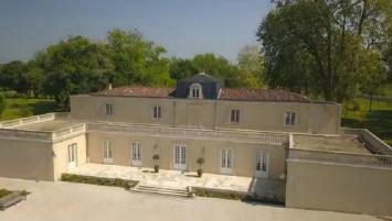 Château Dauzac, 5ème Grand Cru Classé de Margaux dispose de 120 hectares autour d'un vignoble de 49 hectares d'un seul tenant.
