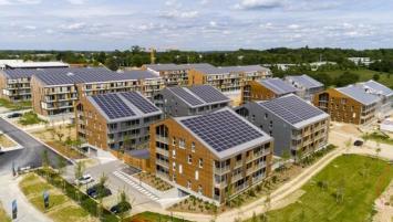 Legendre Energie a notamment développé le solaire dans la ZAC de la Fleuriaye à Carquefou (44) qui a permis à cet espace de devenir un éco-quartier à l'impact totalement neutre sur l'environnement.