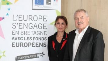 Forough Salami-Dadkhah, Vice-présidente de la Région en charge de l'Europe  et Norbert Métairie, Président de Lorient Agglomération, lors  de la dernière  réunion de la Commission régionale de programmation européenne.