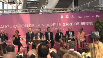 Inauguration de mercredi 3 juillet de la gare de Rennes en présence d'Elisabeth Borne, la ministre des Transports, Jean-Yves Le Drian, le ministre des Affaires étrangères , Guillaume Pépy Présiedent de la SNCF mais aussi de nombreux élus locaux et régionaux  es nombreuxélus locaux et régionaux.