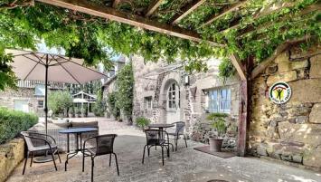 Ils sont environ 4 000 propriétaires de gîtes et chambre d'hôtes a adhéré à l'un des trois associations départementales labellisées Gites de France.