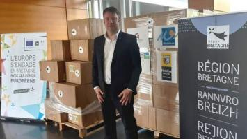 Loïg Chesnais-Girard Président région Bretagne, à la réception des 500 000 masques