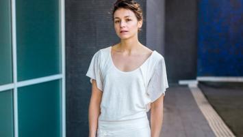 Justine Morvan a fait appel à l'actrice rennaise Pauline Parigot pour porter les  vêtements de sa seconde collection.