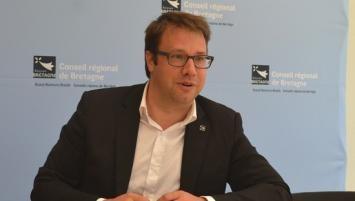 Le président du conseil régional de Bretagne, annonce la tenue d'une Conférence sociale le mardi 18 décembre