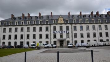 Plus de quatre ans de travaux ont été nécessaires pour transformer une ancienne caserne située à deux pas de la gare de Saint-Brieuc, en Novotel, le premier hôtel 4 étoiles de la capitale costarmoricaine.