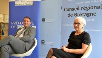 Philippe Mazenc, le nouveau Secrétaire général pour les affaires régionales (Sgar) et Anne Patault , Vice-Présidente à la Région, en charge de l'égalité homme femme