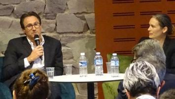 A Quai des Réseaux, Clarice Le Court de Claripharm et Christophe Milon du groupe Inventix (Eco compteur et Far Ouest), ont témoigné sur leur  parcours