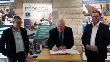 Reconduction du partenariat entre Résocéan, le réseau des professionnels du nautisme en sud Finistère et le Crédit maritime.