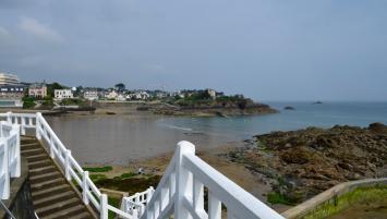 La fréquentation touristique a chuté de 21,8% en 2020 en Bretagne