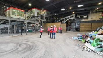 Après plus d'un an d'existence, l'unité de tri des plastiques rigides de la Barre Thomas à Rennes tend à se développer et à trouver une trajectoire industrielle