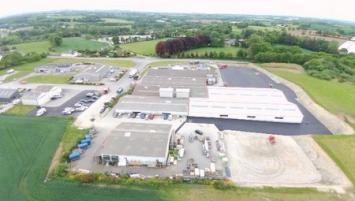 Vérandaline à Corlay dans les Côtes d'Armor inaugure ce vendredi 18 janvier l'extension de son site de fabrication sur plus de