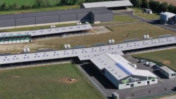 la ferme expérimentale Bel-Orient, moteur des innovations internes du Groupe, contribue à hauteur de 600 K€ dans le chiffre d'affaires total par la vente de sa production laitière à la coopérative locale (+22% sur l'année)
