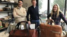 Nicolas Veto et Matthieu Bimbenet lancent la marque Eric Tabarly, dont des pièces de maroquinerie réalisées par Chloé.