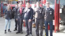 """Gwenaël Rio (à droite) et une partie de l'équipe d'AIMB à Lannion ayant participé à l'opération """"Solidarité Viisières -22"""""""