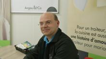 En juillet  2016, Angau & Co voit le jour. Mickael Angau  investit 200 000 euros dans l'aménagement d'un local de 200 m² à Saint-Grégoire, aux portes de Rennes.