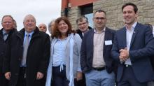 Tous les partenaires de la  Breiz Fab étaient réunis chez sameto Technifil à Dinan . De g à D : Daniel Richet (Cetim), Thierry Treosch (CCI Bretagne), Jocelyne Madec (IUMM), Serge Menec (Sameto Technifil) et Martin Meyriet ( Région Bretagne)
