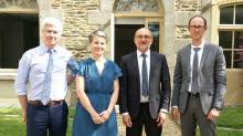 De g à d : François Bareau (CCI Bretagne) Julie Rio (Chambre d'agriculture de Bretagne, Jean-Pascal Prévet (Banque de France) et Eric Lesage (Insee)