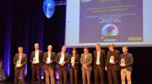Emmanuel Thaunier au centre , entourée des lauréats de cette 5ème édition du concours Crisalide Numérique