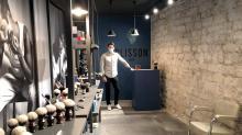 Installée à Paris, en plein quartier des Marais, la première boutique Plisson a ouvert ses portes à l'occasion de la réouverture des commerces, fin novembre dernier
