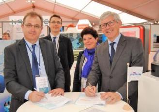 Frédéric Pouget, directeur Pôle Armement de Brittany Ferries et Stéphane Siebert, directeur de CEA Tech