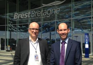 Loïc Abjean, directeur d'exploitation de l'aéroport Brest Bretagne et Bruno Besnehard, nouveau directeur général de Vueling en France