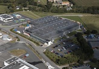 A Lannion , le site de production d'AIMB s'étend sur 8 000 m²
