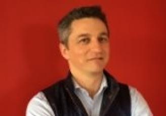 Spécialisée dans la digitalisation des points de vente, Apitic a été créée en 2007 par Stéphane Statiotis