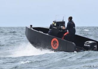 L'Armen 500, un bateau à coque plastique entièrement recyclable, conçu et créé dans le Finistère.