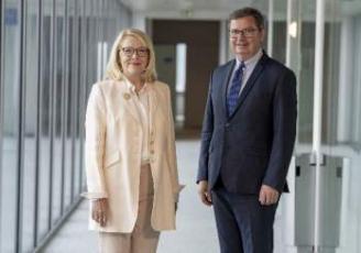 Catherine Leblanc, Présidente du Conseil d'Administration et Maurice Bourrigaud, Directeur Général de la Banque Populaire Grand Ouest