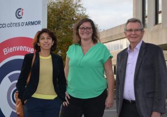 De gauche à droite, Sophie Rivière, Emilie Congy et Gilbert Jaffrelot