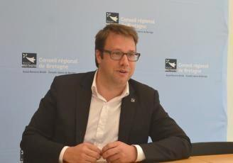 le président du Conseil régional de Bretagne, Loïg Chesnais Girard,