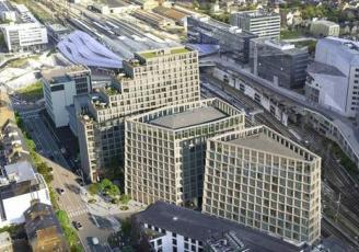 Situé au pied de la gare, en plein coeur du quartier d'affaires d'EuroRennes, le programme immobilier Beaumont est un projet hybride de 25 000 m² répartis sur 3 bâtiments dont un de 50 mètres de hauteur.