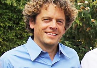 Damien Bernas dirige Expert Portage, entreprise spécialisée dans le portage salarial.