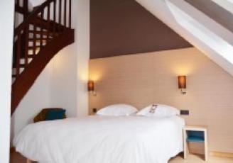 Après 5 mois de travaux, l'hôtel 3 étoiles Escale Oceania à Saint-Saint-Malo dévoile une toute nouvelle décoration.