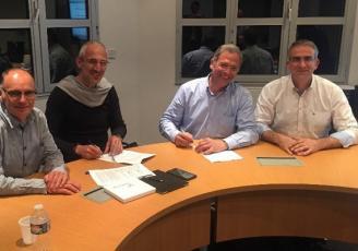 De gauche à droite : De gauche à Droite Jean-‐Jacques DAVID (HYPHARM), Frédéric GRIMAUD (GROUPE GRIMAUD),Yann LECOINTRE (EVOLUTION), Emmanuel FOURNIER (EUROLAP).