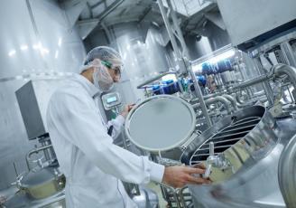 Il y a tout juste un an, Laïta, filiale du Groupe coopératif Even, inaugurait à Créhen dans les Côtes d'Armor sa nouvelle unité de fabrication et de conditionnement de poudre de lait infantile
