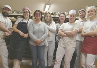 A Tinténiac en Ille-et-Vilaine, le Fournil de Féwen produit du pain et des pâtisseries bio pour une vingtaine de magasins répartis sur le département