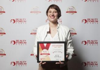 L'institut de beauté  pour hommes Men'ly a ouvert ses portes en 2013, à Rennes. Aude Heddle-Roboth, esthéticienne diplômée a réussi son pari : créer un endroit 100 % pour hommes, qui les mettent à l'aise.
